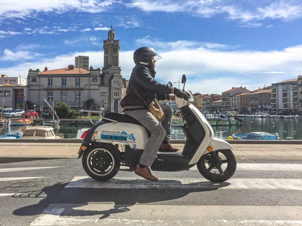 Séte Francie, Andyho Cestopisy - Motorkou na Saharu